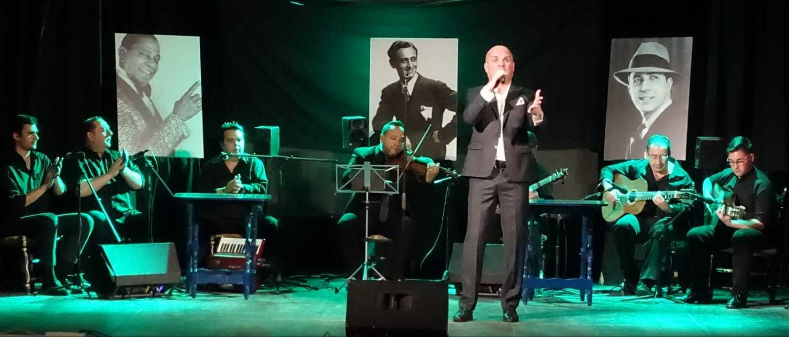 Alfonso-Luna-canta-por-bulería