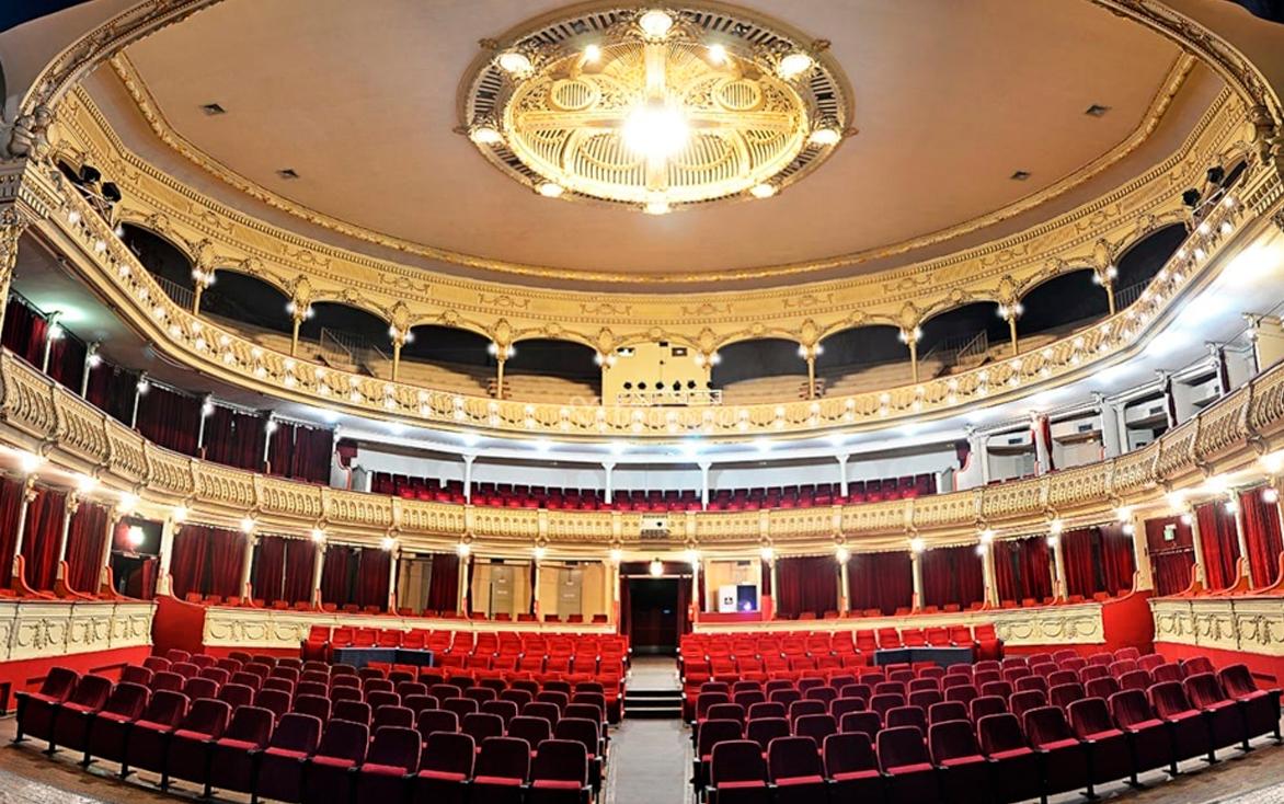 Los motivos por los que el Teatro Cervantes vuelve a cerrar sus puertas